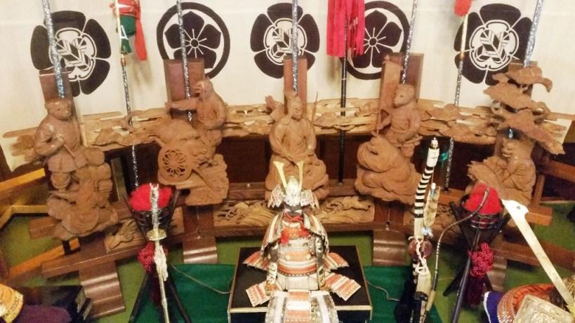 旧田中家住宅 猿蟹合戦の木彫り人形