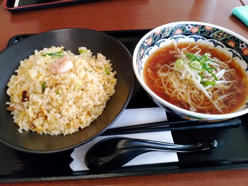 武者炒飯+半ラーメン