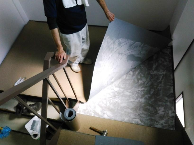 階段踊場床長尺シート張り