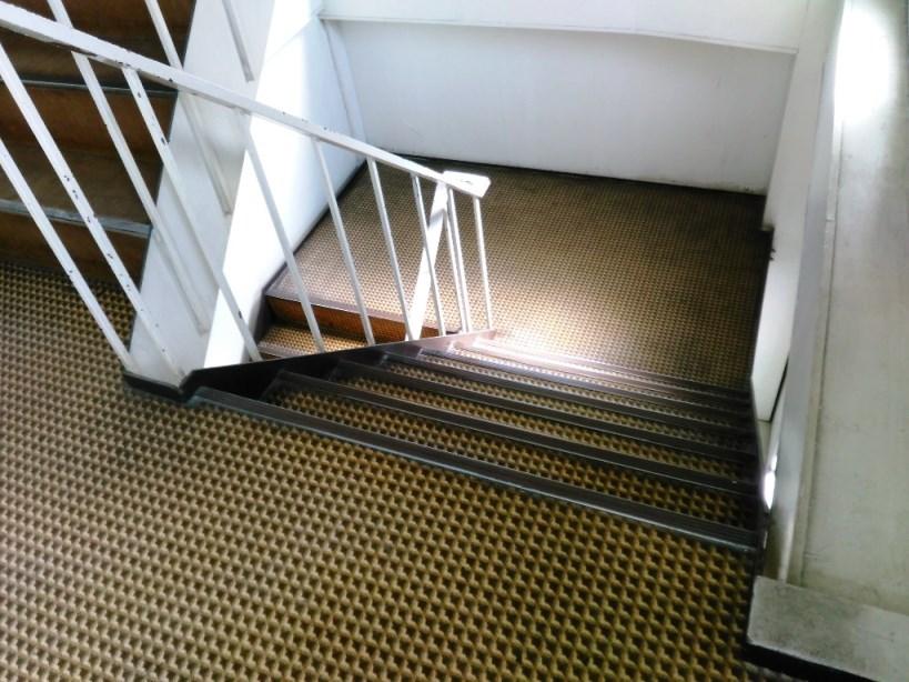 階段床施工前