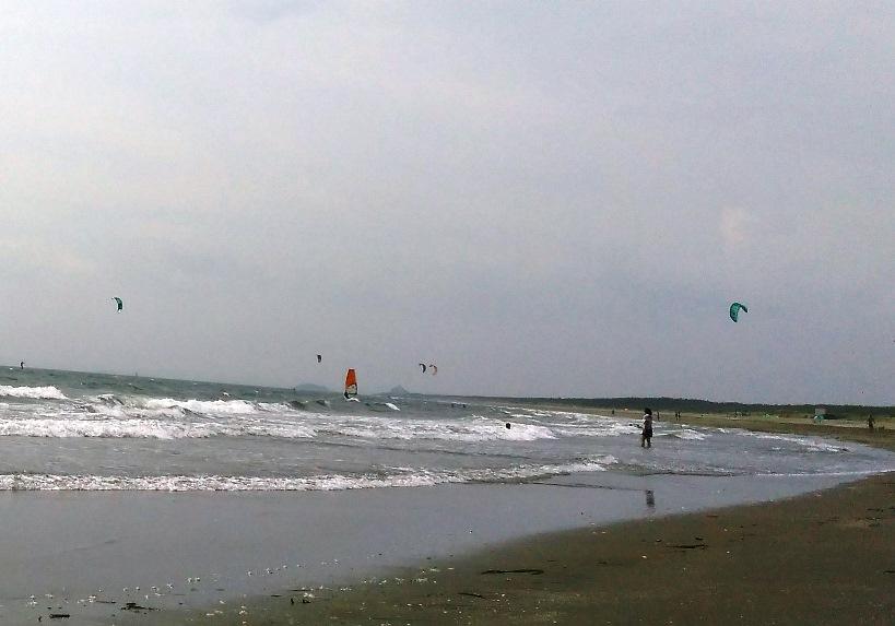 ウィンドサーフィンやカイトサーフィン